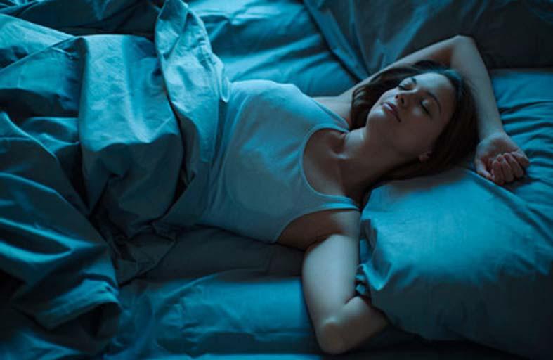 الميلاتونين.. كيف تحسن افراز جسمك له ليلا؟