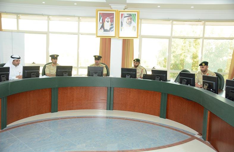 أكاديمية شرطة دبي تبحث نظام الطلبة المبتعثين