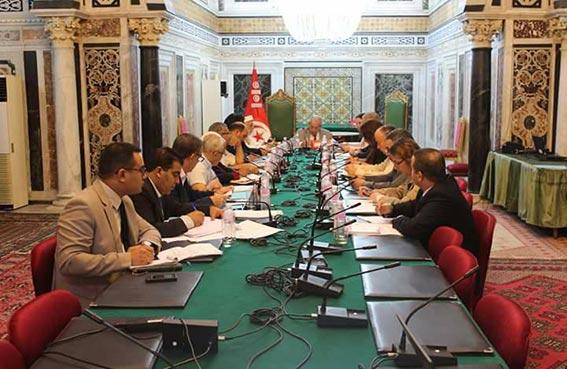 تونس: دعوة لتشكيل جبهة سياسية لمواجهة النهضة..!