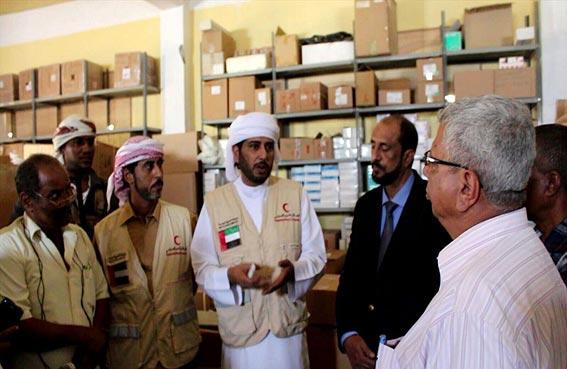 الهلال الأحمر تعزز برامجها الإنسانية لإغاثة سكان حضرموت