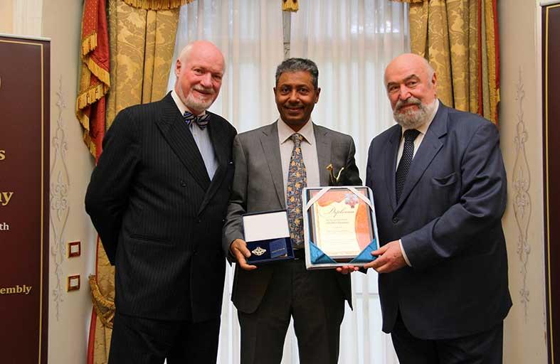 بنك الاتحاد الوطني يحصل على جائزة جاغوار الذهبية الدولية