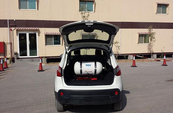 تحويل بعض مركبات نقل النفايات في أبوظبي للعمل بالغاز الطبيعي