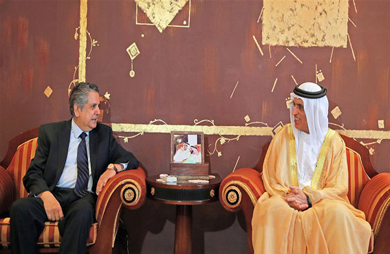 حاكم رأس الخيمة يستقبل سفير العراق