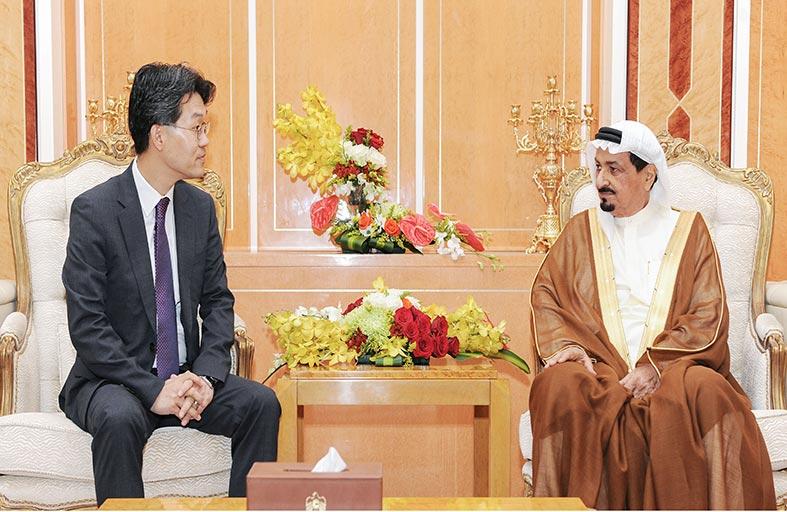 حاكم عجمان يستقبل القنصل العام الكوري