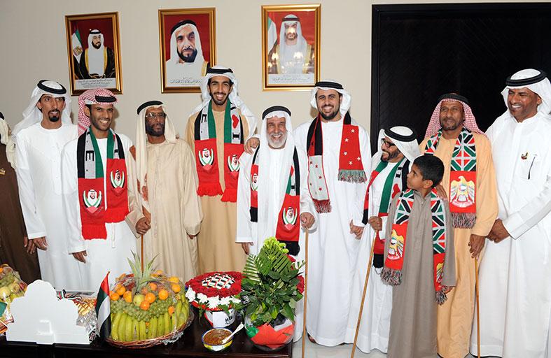 ذياب بن محمد بن زايد يحضر احتفال محمد عبدالله بن نعيف العامري بمناسبة اليوم الوطني 42