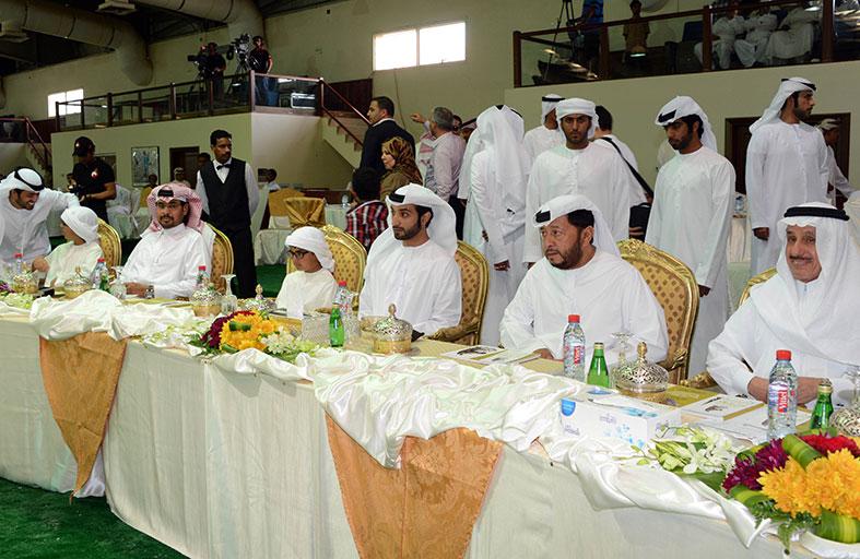سلطان بن زايد يتابع فعاليات اليوم الثاني لـ (كأس المربين العرب للخيول )