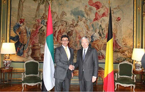 عبدالله بن زايد يلتقي وزير خارجية بلجيكا