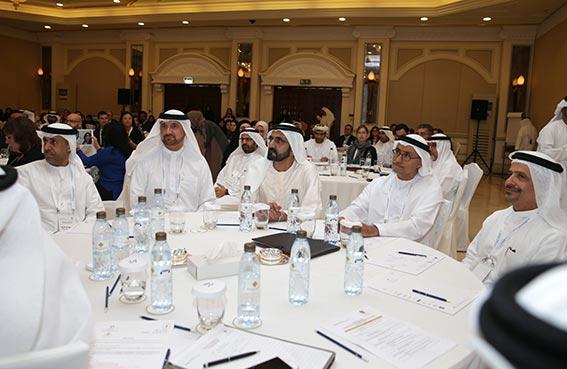محمد بن راشد يطلق برنامجا وطنيا لإدخال مناهج الابتكار وريادة الأعمال في جميع تخصصات التعليم العالي