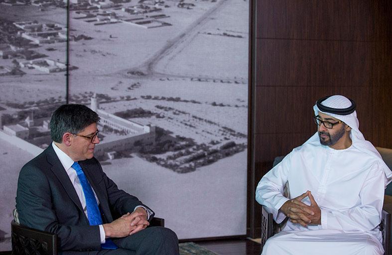 محمد بن زايد يبحث مع وزير الخزانة الأميركي العلاقات الثنائية وجهود دعم الامن والاستقرار في المنطقة
