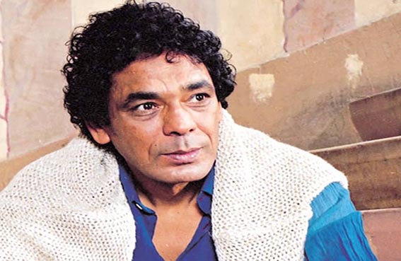 محمد منير يروج للسياحة المصرية