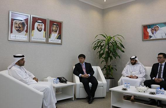 مواصلات عجمان تبحث التعاون مع شركة فوتون الصينية
