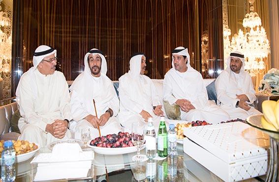 هزاع بن زايد يحضر مأدبة إفطار سعيد عبدالجليل الفهيم
