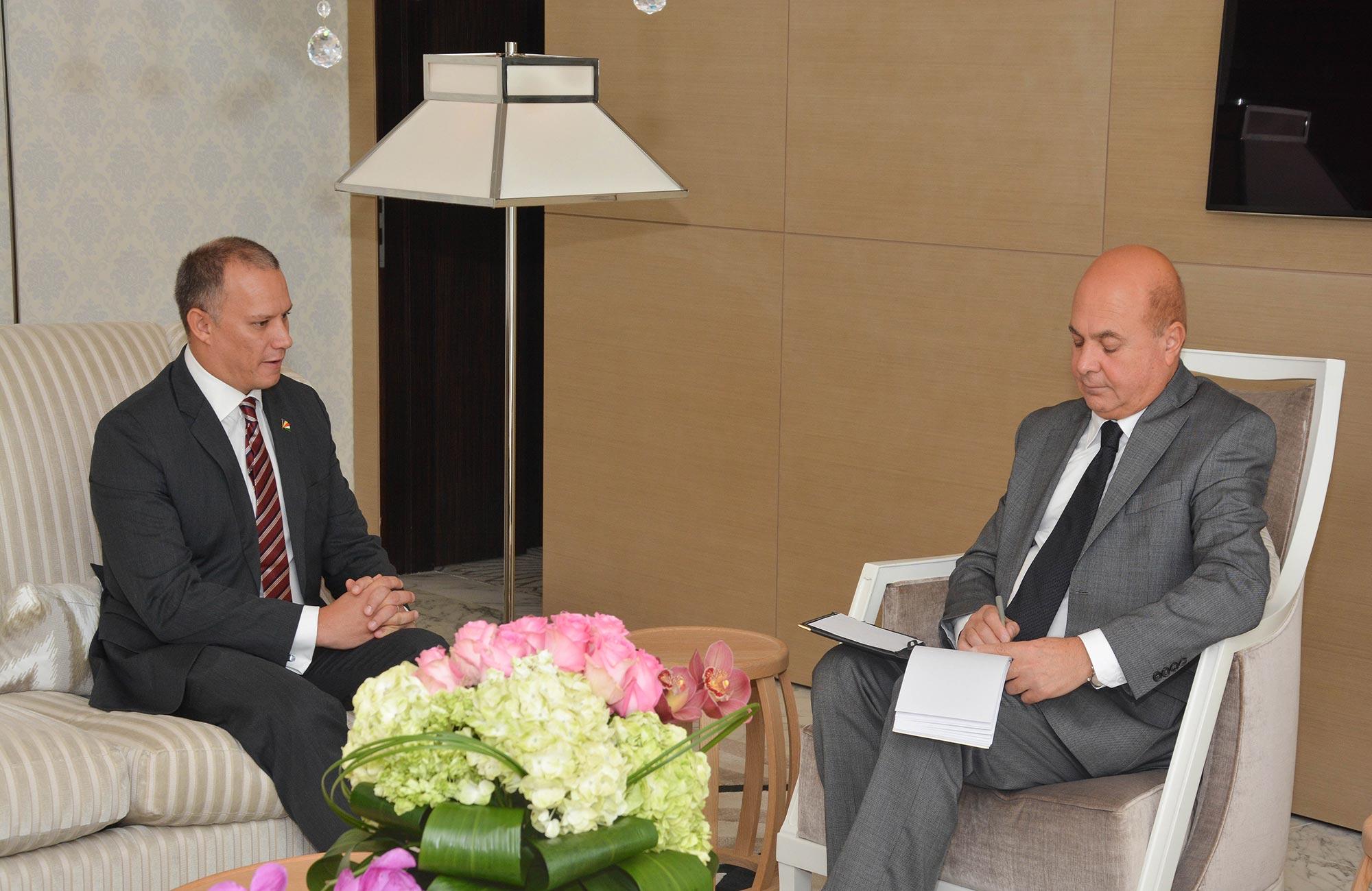 وزير خارجية سيشل يشيد بدعم الإمارات لبلاده في مجالات التنمية ومحاربة القرصنة البحرية