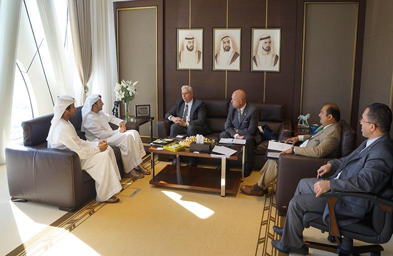 وكيل وزارة الاقتصاد يبحث مع وفد الهيئة التجارية الكندية سبل تعزيز التعاون بين الإمارات وكندا