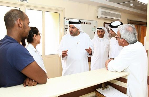 وكيل وزارة الصحة يزور مستشفى الكويت بالشارقة والفجيرة الطبية