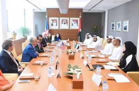 رئيس اقتصادية أبوظبي يجتمع مع نائب حاكم ولاية واشنطن الأمريكية