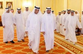 حمد الشرقي يتلقى تعازي حاكم رأس الخيمة في وفاة الشيخة شيخة السلامي
