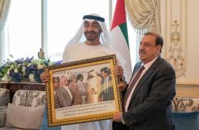 محمد بن زايد يؤكد أهمية الحفاظ على أمن اليمن واستقراره ودعم شعبه الشقيق