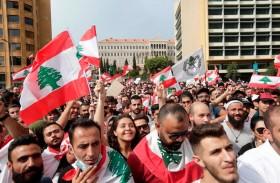 أكبر بكثير من انتفاضة واتساب..هكذا يمكن إنقاذ لبنان