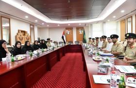 شرطة دبي توفر 1440 مقعدا دراسيا لأبناء موظفيها لعامين قادمين