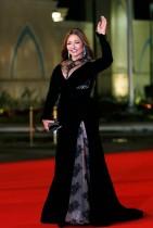 الممثلة المصرية ليلى علوي خلال حضورها افتتاح مهرجان القاهرة السينمائي الدولي الـ 39.   (رويترز)