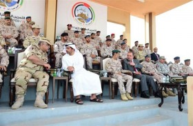 حامد بن زايد يشهد ختام التمرين العسكري المشترك زايد 2