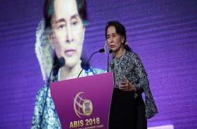 بنس لزعيمة ميانمار: اضطهاد الروهينجا لا يغتفر
