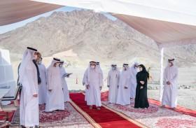 حاكم الشارقة يتفقد عددا من المشروعات الحيوية بمدينة كلباء