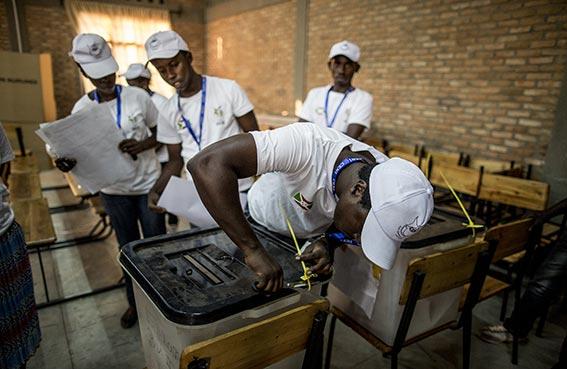 انتخابات رئاسية وسط توتر في بوروندي