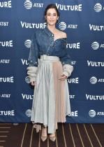 ليزي كابلان لدى وصولها لحضور مهرجان Vulture 2019 في هوليوود ، كاليفورنيا.  ا ف ب