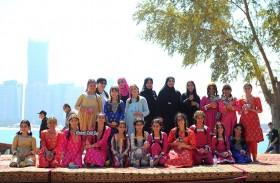 نادي تراث الإمارات يحتفل بـ « يوم الطفل الإماراتي »