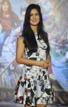 ممثلة بوليوود الهندية كاترينا كايف خلال حضورها إطلاق الأغنية الخاصة لفيلمها الكوميدي الرومانسي القادم (الجاسوس جاجا) في مومباي. (ا ف ب)
