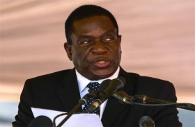 زيمبابوي: هل التهم «التمساح» الحالمة بالعرش...؟
