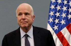 ماكين يشارك في التصويت على إلغاء أوباماكير