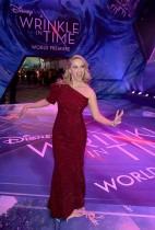 ريس ويذرسبون لدى حضورها العرض الأول من ديزني «التجاعيد في الوقت المناسب» في مسرح إل كابيتان بلوس انجليس، كاليفورنيا. (ا ف ب)