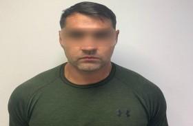شرطة دبي تُسقط زعيم عصابة « كولن جن» المحكوم في بريطانيا بالسجن المؤبد في قضايا اتجار بالمخدرات والأسلحة
