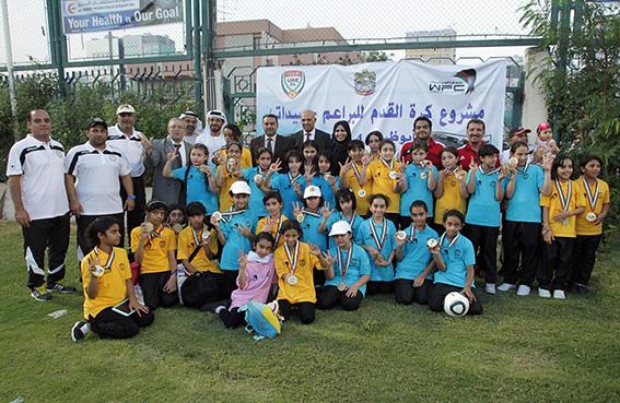 200 مشاركة في المحطة الختامية لمشروع براعم لجنة كرة القدم للسيدات