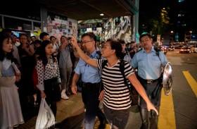 هونج كونج تعود لطبيعتها  بعد احتجاجات واشتباكات