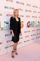 الممثلة والمنتجة التنفيذية تشارليز ثيرون خلال حضورها العرض الأول من فيلم جيرلبوس في سينما أركليت بهوليوود. (ا ف ب)