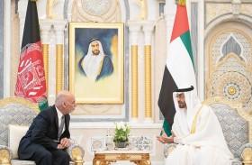 محمد بن زايد يؤكد دعم ومساندة الإمارات للشعب الأفغاني