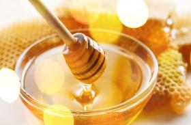 على عكس الاعتقاد الشائع.. العسل قد يتعرض للتلف