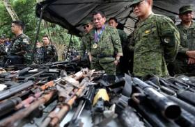 الفلبين تهدد بإغلاق مناجم تدعم المتمردين