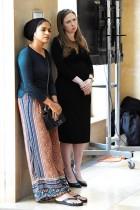 تشيلسي كلينتون خلال حضورها الوقفة الاحتجاجية التي أقيمت في مركز جامعة نيويورك كيميل حدادا على ضحايا هجوم مسجد كرايست تشيرش في نيوزيلندا. رويترز