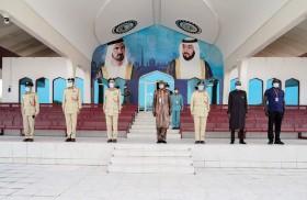 أكاديمية شرطة دبي تبحث مع وفد من غامبيا تبادل الخبرات والمعارف في المجالات الشرطية والأمنية