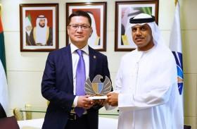 جمارك دبي تبحث سبل تعزيز التبادل التجاري مع كازاخستان