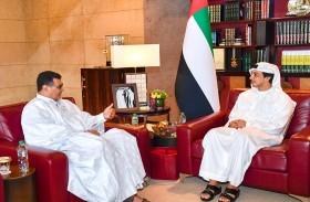 منصور بن زايد يستقبل السفير الموريتاني