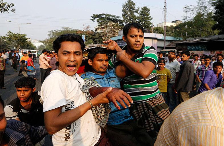 4 قتلى في اشتباكات ببنغلاديش وواشنطن تدعو للتهدئة