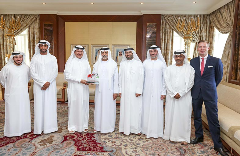 نهيان بن مبارك يستقبل وفد اللجنة المنظمة لبطولة العالم للرياضات الجوية