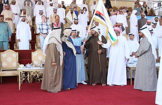 عزبة الإمارات تحظى ببيرق الظفرة للمرة الثالثة على التوالي