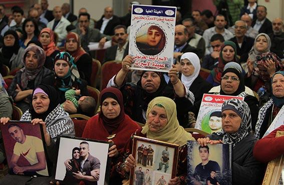 230 قاصراً فلسطينياً في سجون الاحتلال